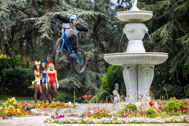 Danny MacAskill jumps over a fountain at Hugh Hefner's Playboy Mansion in Beverly Hills, CA, USA on 9 June 2014.  // Garth Milan/Red Bull Content Pool // P-20140729-00371 // Usage for editorial use only // Please go to www.redbullcontentpool.com for further information. //