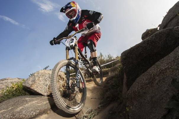 Aaron Gwin Pro GRT 2013 lo_res