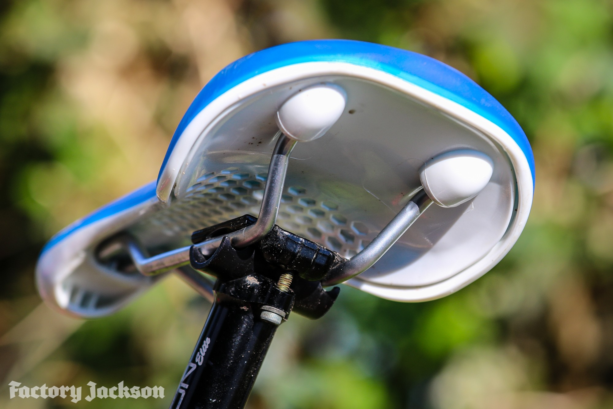 31197edc306 Fabric Cell air sprung saddle review - Factory Jackson Factory Jackson