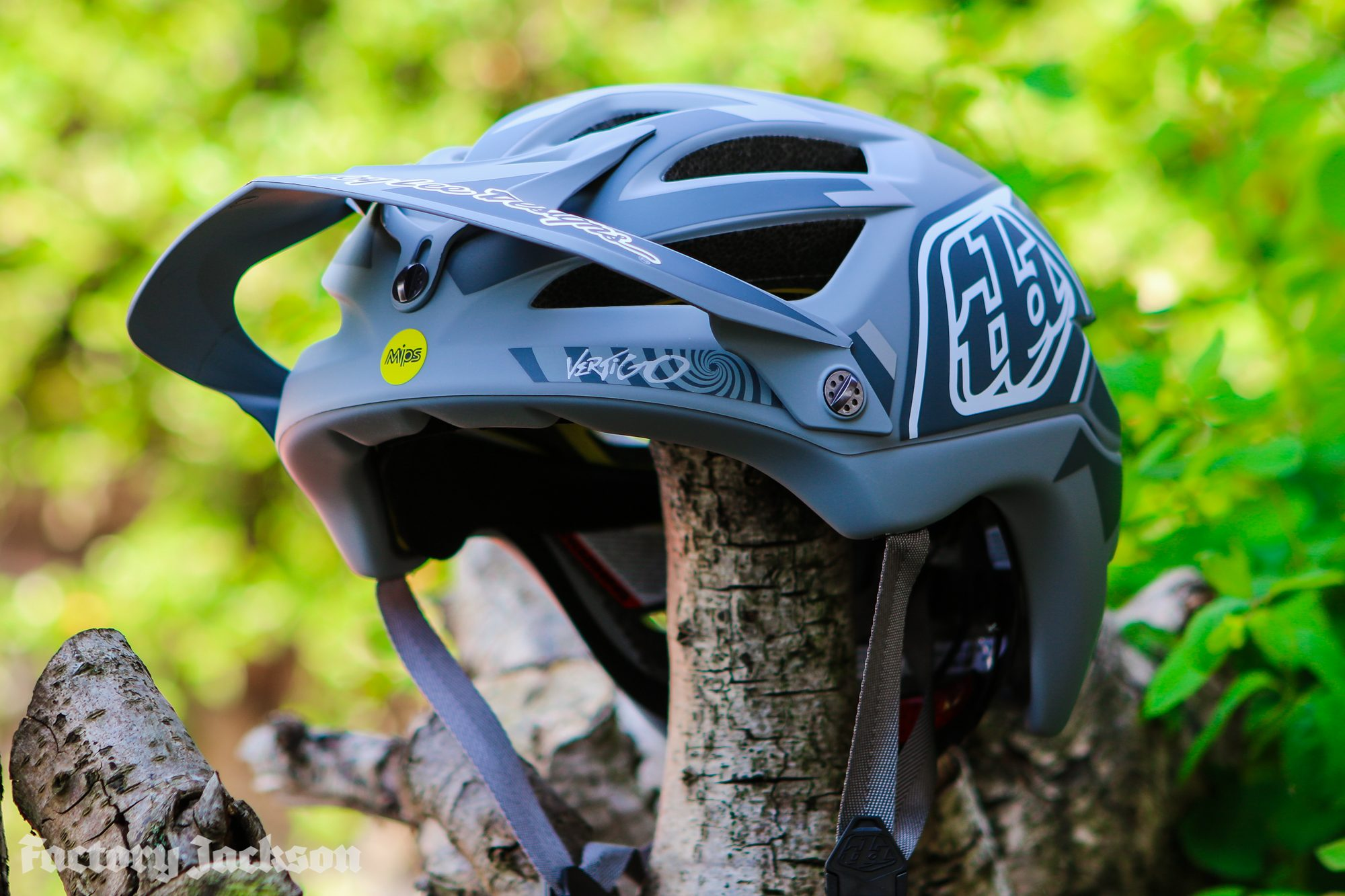 Troy Lee Designs A1 MIPS Vertigo Helmet